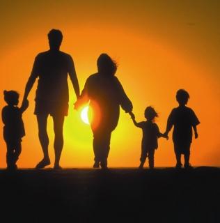 Evangelizar en Familia